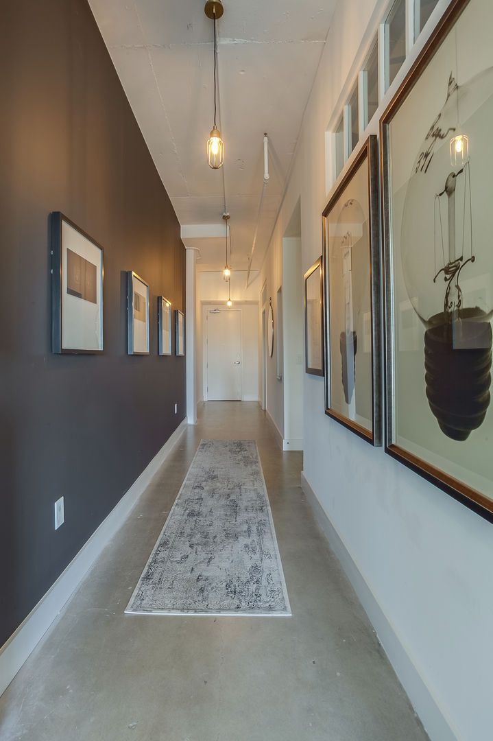 Hallway and entryway of this Apartment Near Ponce City Market.
