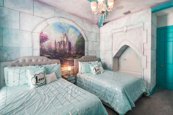 Little princesses will love sleeping in their own castle bedroom with two full beds