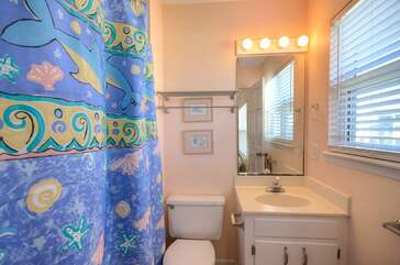 633W - CONTENTMENT | Photo