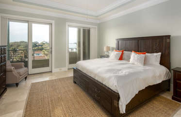 Guest bedroom 4 with ensuite bathroom and private balcony