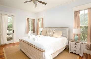 1st Floor King Bedroom with En Suite Bathroom