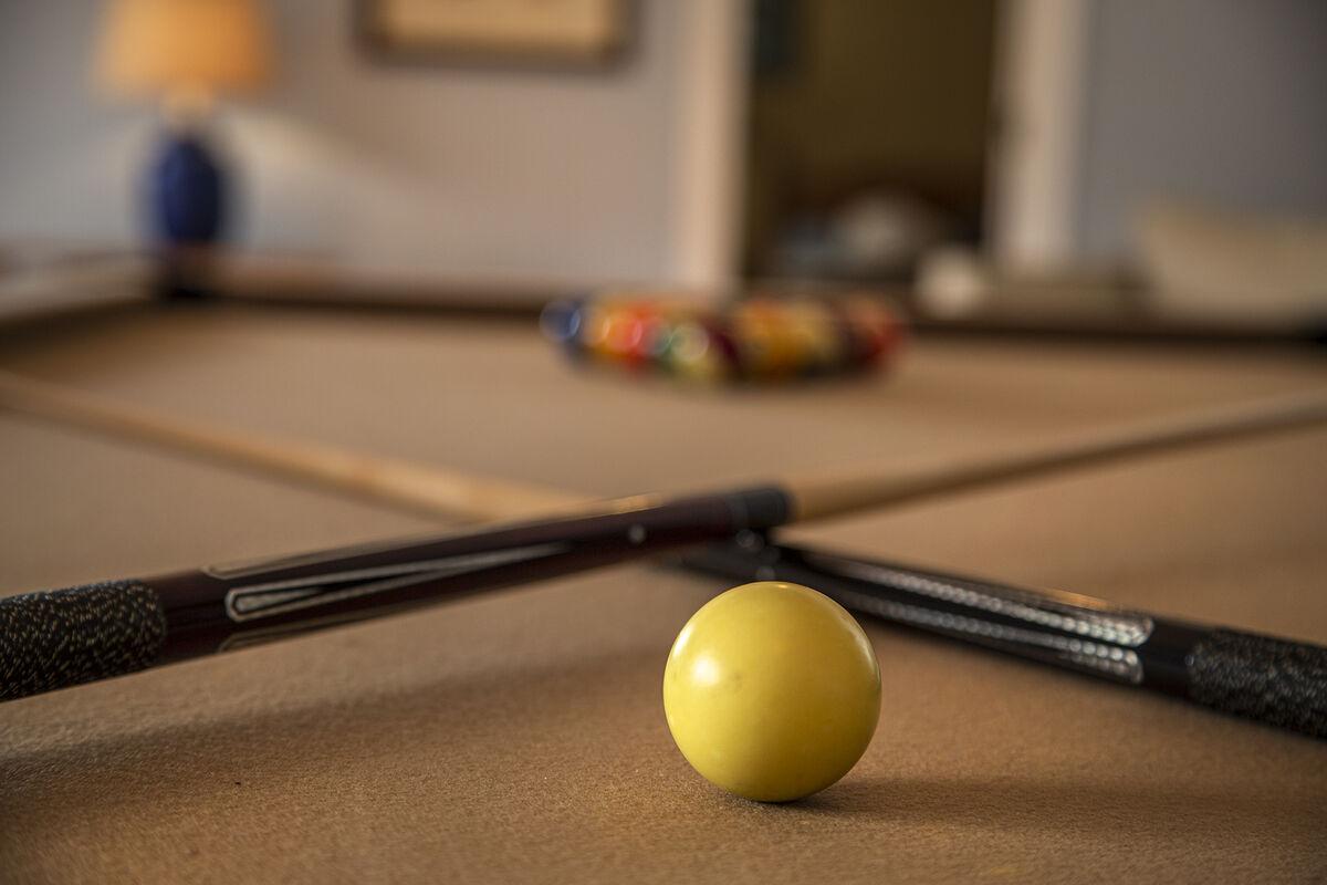 Play Pool !