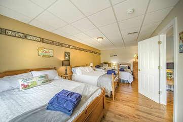 Lower Level Bedroom , Overlooking Lake