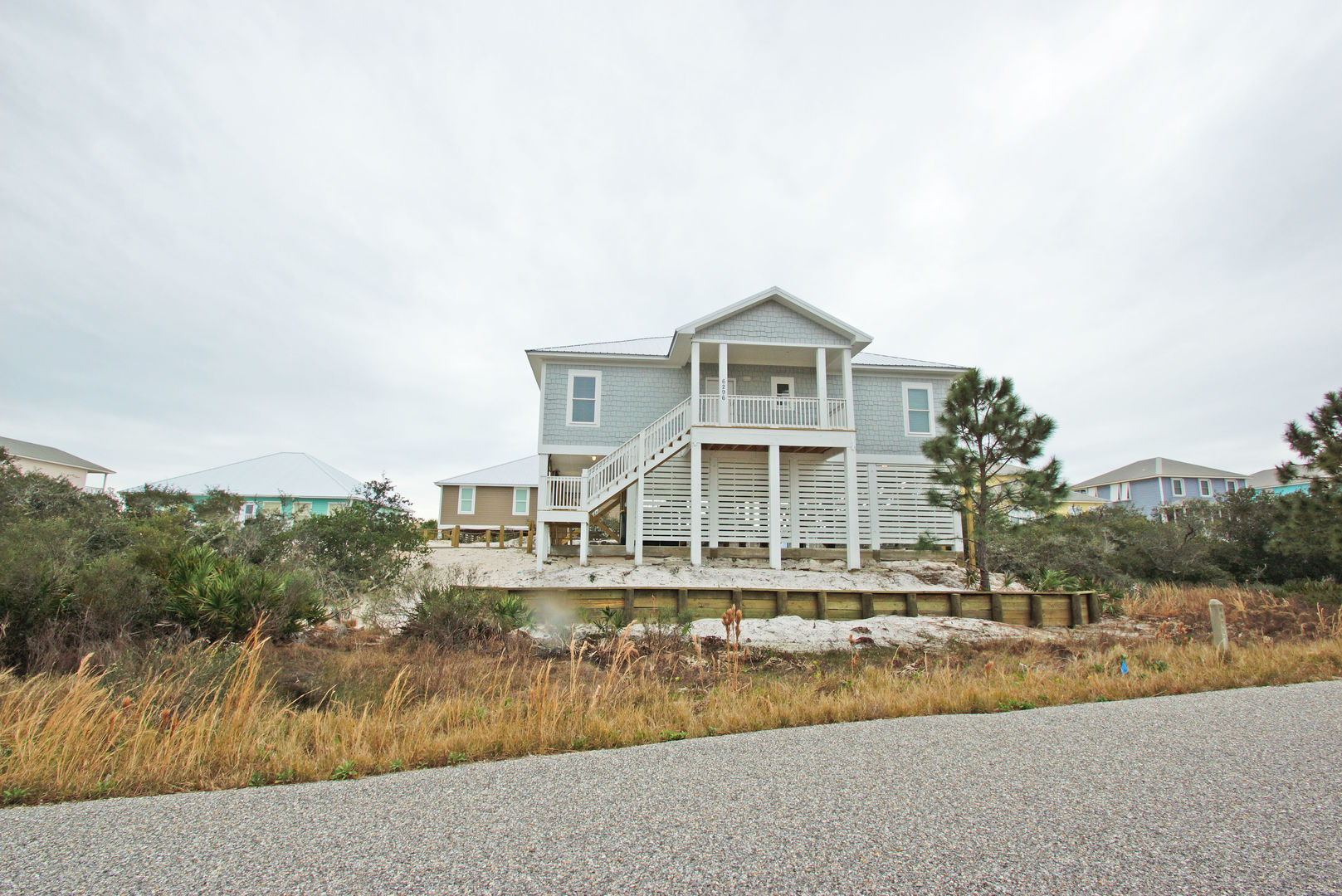 Street view of this Vacation Home For Rent In Gulf Shores, Alabama.