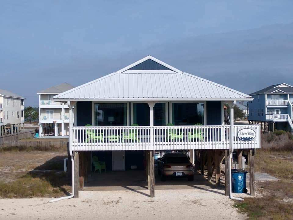 Front Picture of our Gulf Shores Cottage Rental.