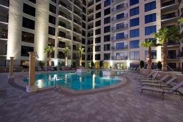Gorgeous, spacious pool deck