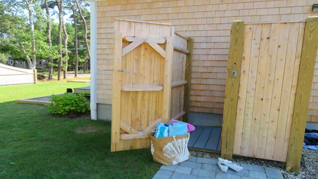 Great outdoor shower with hot and cold water! 10 Melva Street South Yarmouth Cape Cod New England Vacation Rentals