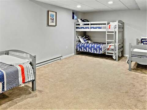 2 Twins and a set of bunks allow sleeping for 4! 10 Melva Street South Yarmouth Cape Cod New England Vacation Rentals