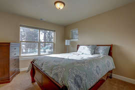 Queen Bedroom 2 - Upstairs