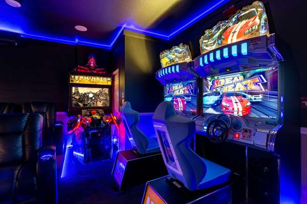 Enjoy the arcade game including Terminator Salvation and Namco Dead Heat Racing.