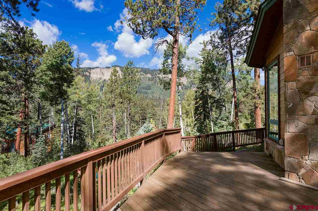 Wrap Around Deck - Exquisite Views of the Mountains