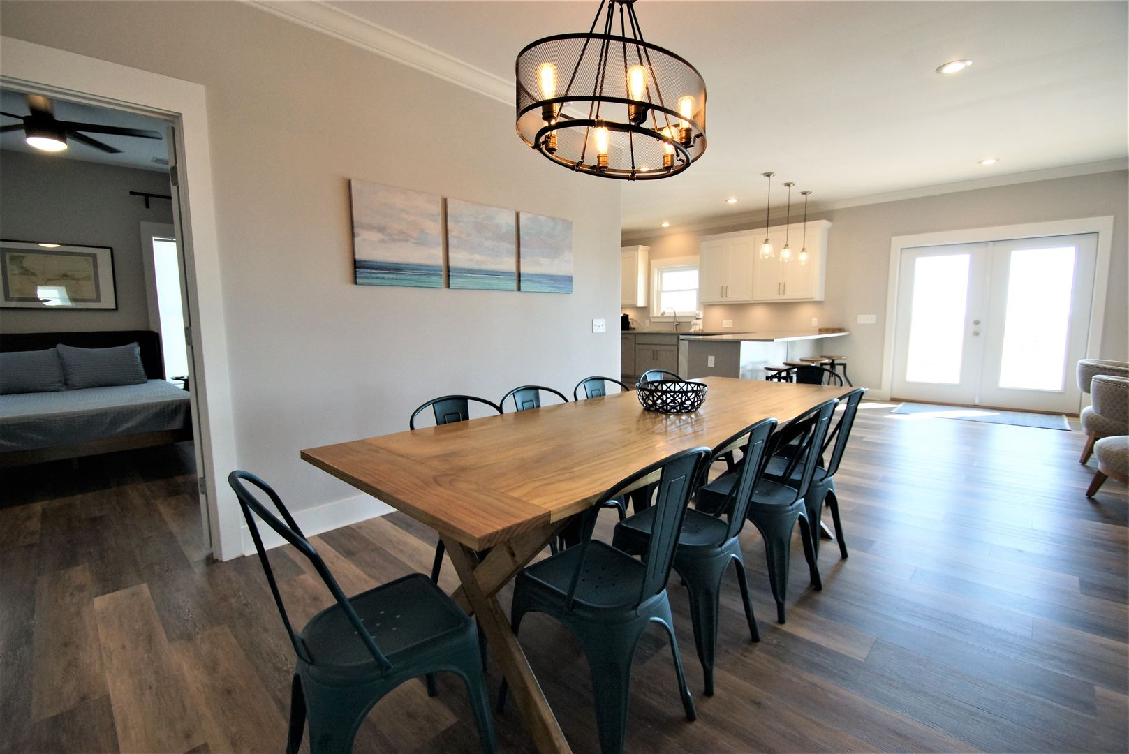 Beautiful dining area equipped to seat 10 along with a large table.