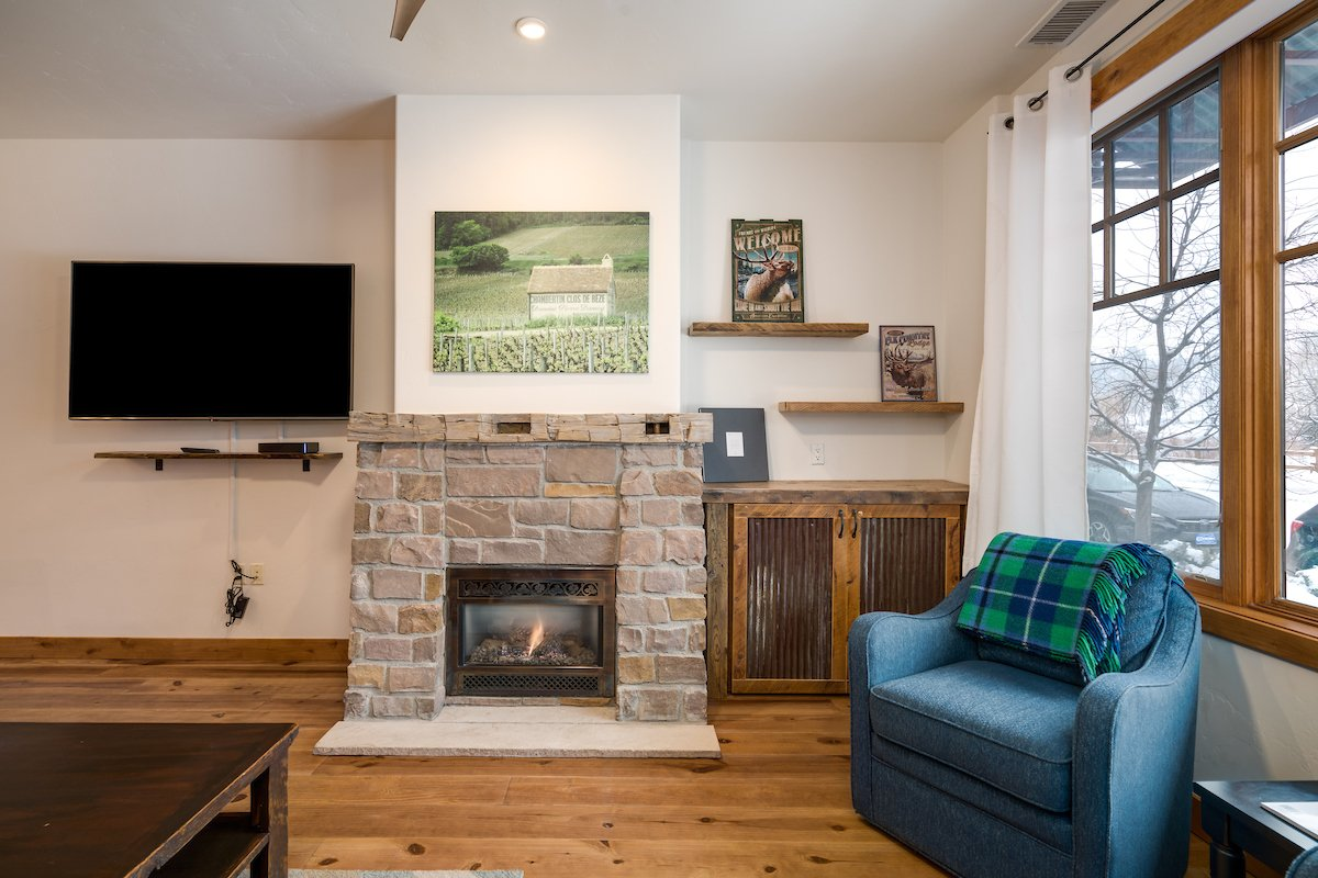 Cozy chairs to enjoy reading by the fire or enjoying the views out the front window of Howelson Hill and the Yampa River!