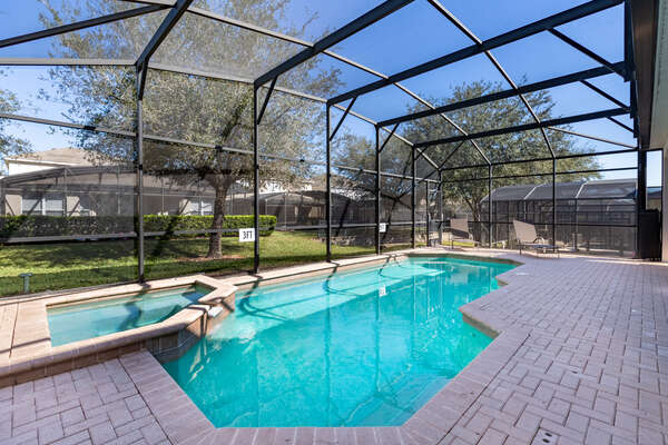 Enjoy the Florida sunshine from your screened-in pool
