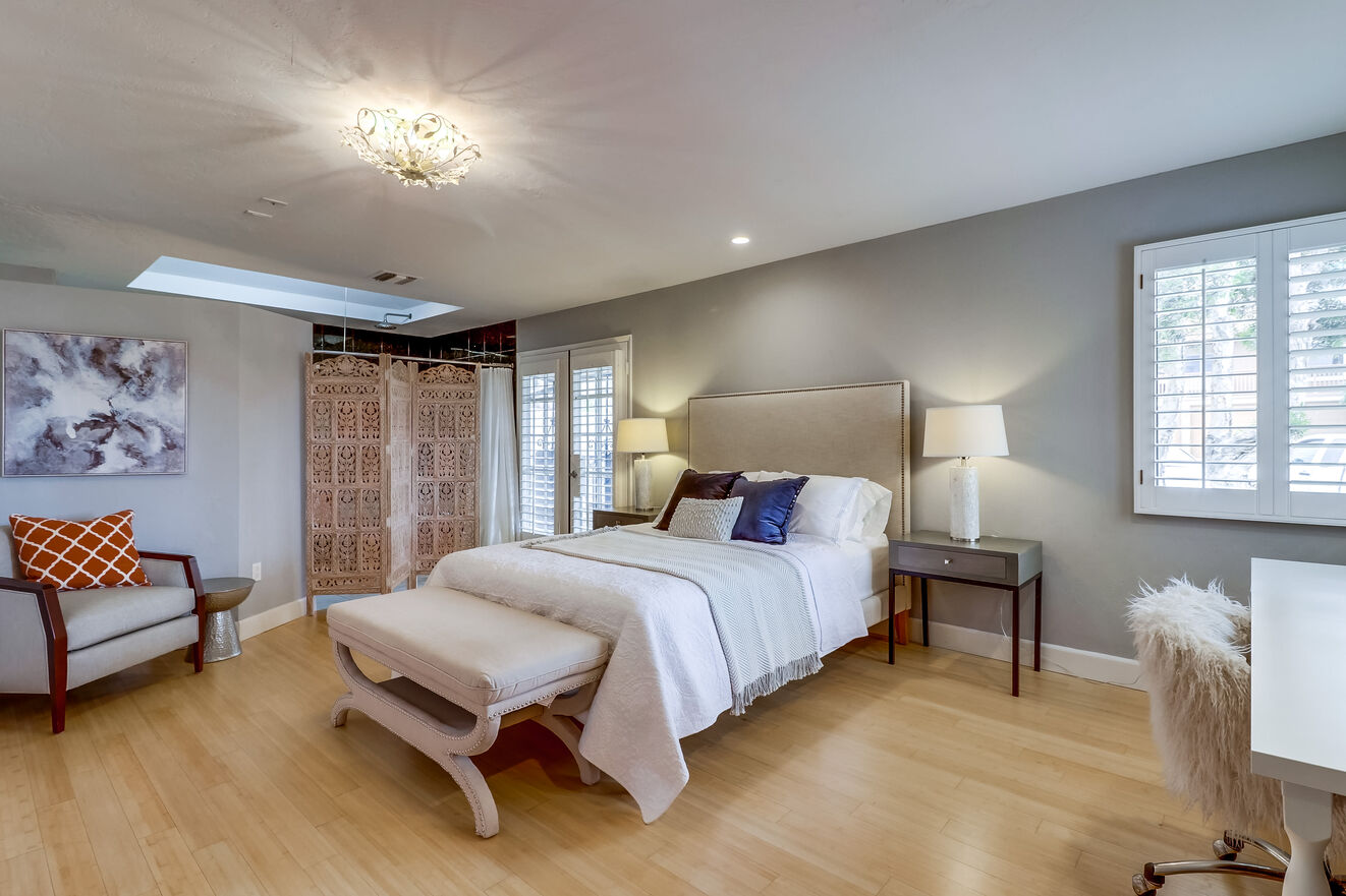 The master suite features a king size bed