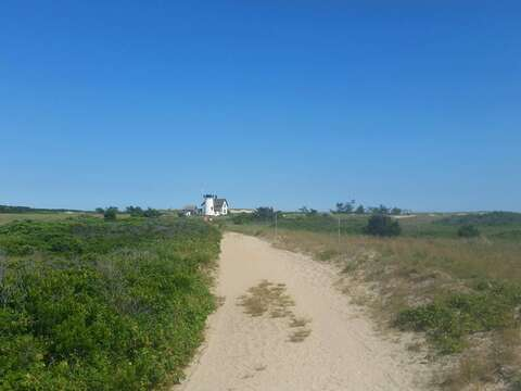 Dune walk to Stage Harbor Light - Chatham Cape Cod - New England Vacation Rentals