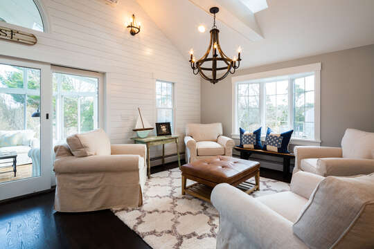 Additional seating area in the great room - 55 Lime Hill Chatham Cape Cod - New England Vacation Rentals