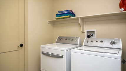 Full sized washer/dryer included