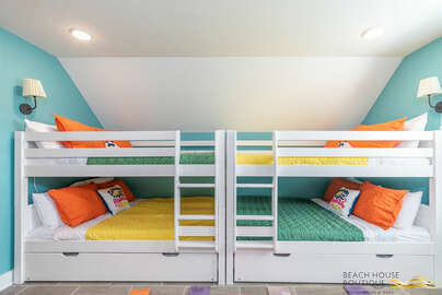 2 full over full bunkbeds with twin trundles