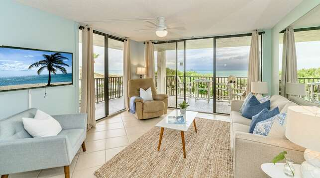 Beautiful direct oceanfront corner unit at Cape Winds