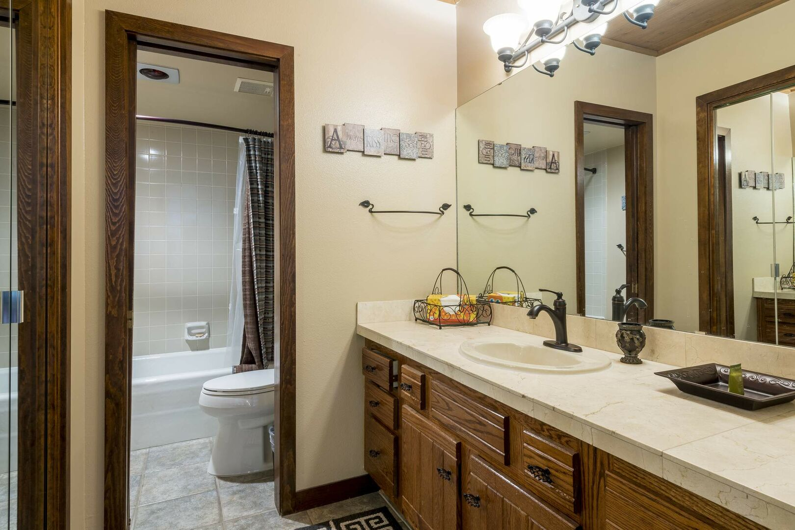 Master bedroom with shower/tub combo