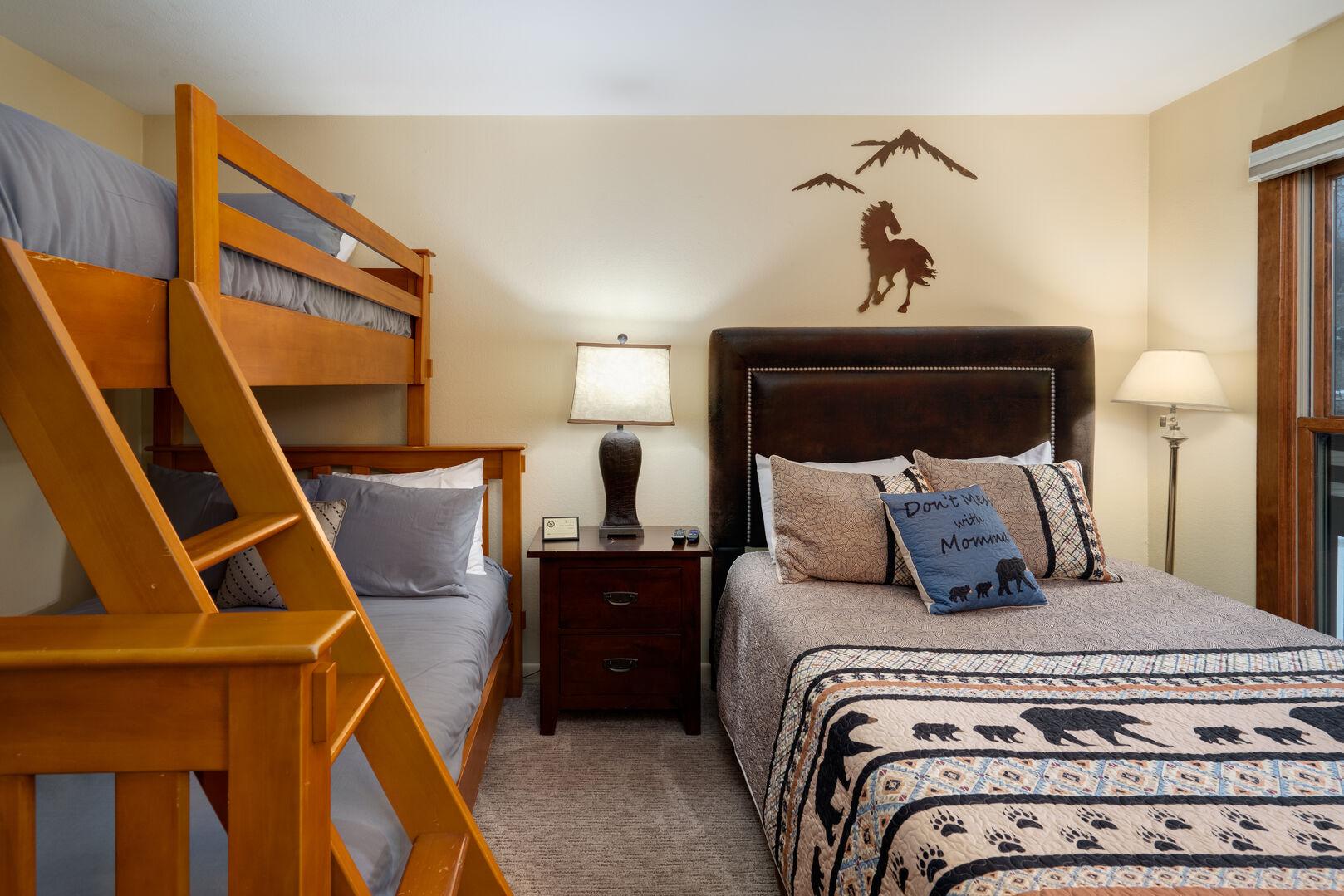 Second bedroom, sleeps 5!