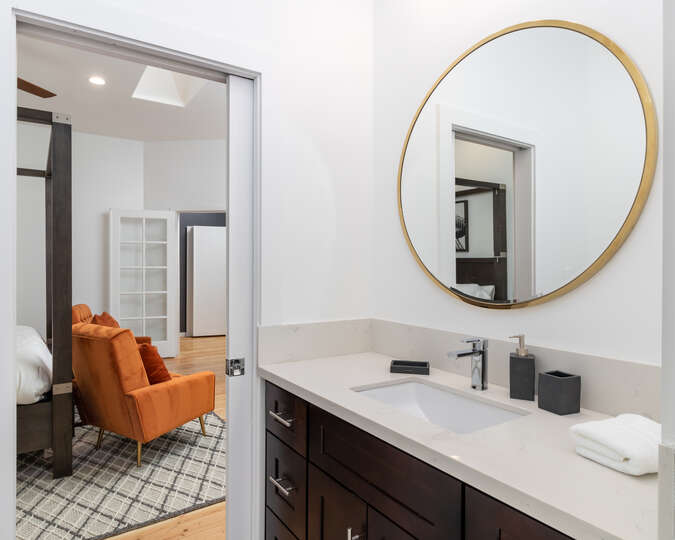 Image of Luxury Bathroom Attached to Bedroom.