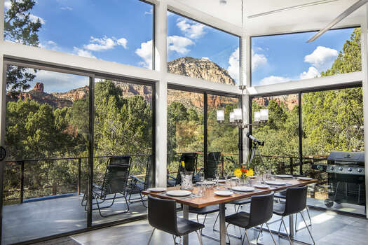 Dining Area with Seating for 6 with Breathtaking Views
