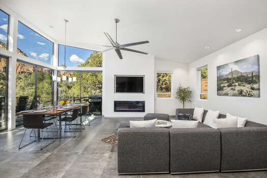 Contemporary Furnishings with TV and Gas Fireplace, Dining Area and Stunning Views