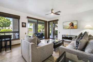 Living area with easy lanai access