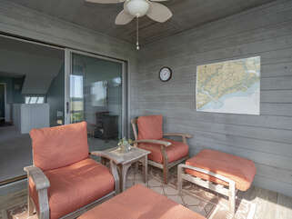 Cozy screened porch seating