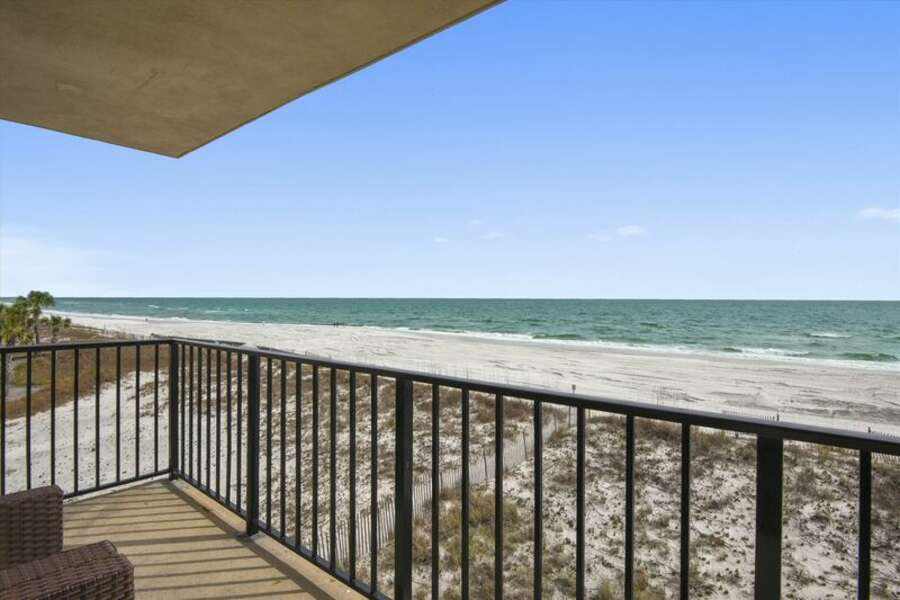 Private balcony overlooking the gulf.