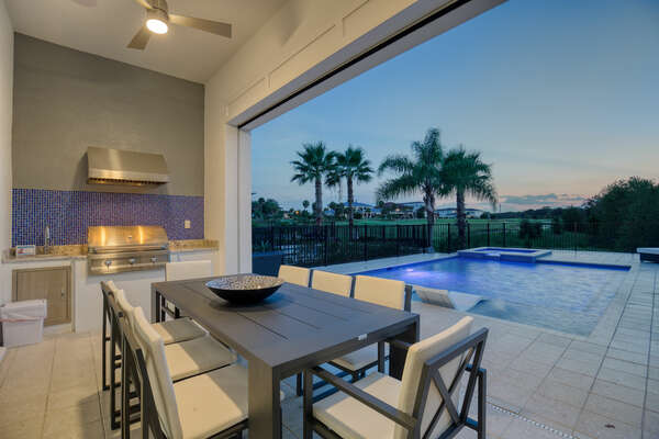 Dine under the stars with the phenomenal exterior lighting