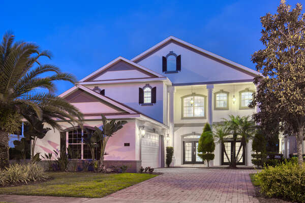 Luxury Reunion Villa awaits you and your family for a perfect Orlando vacation