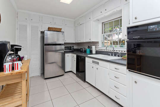 Fully Equipped Kitchen in our Vacation Rental in St. Simons Island, GA