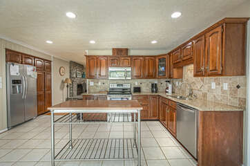 Spacious, Fully Equipped Kitchen in our Smith Mountain Lake Vacation Rental