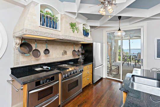 Enjoy Stainless Steel Appliances in Kitchen.