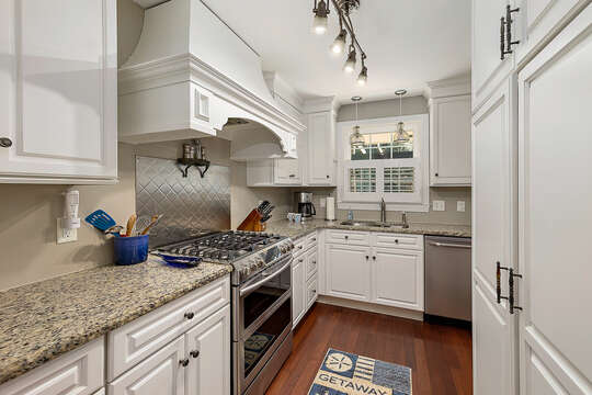 Enjoy Stainless Steel Appliances and Plenty of Cabinet Space.
