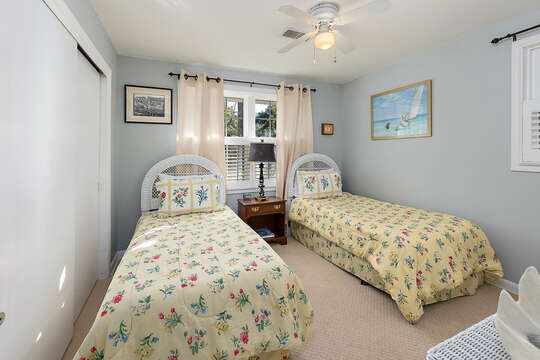 Twin Guest Bedroom with chest of drawers.