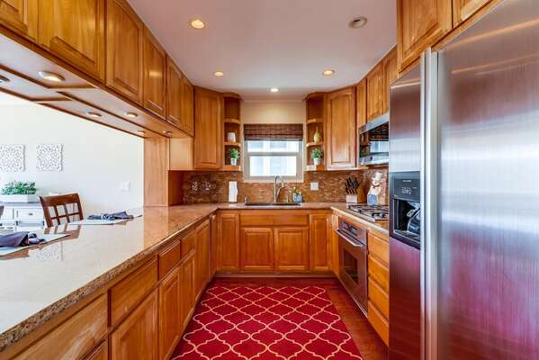Fully Equipped Kitchen with Storage