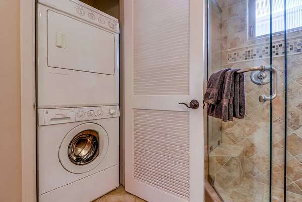 Washer/Dryer in Bathroom Closet