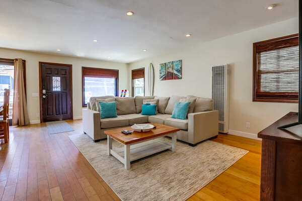 Living Room with Sectional and Table