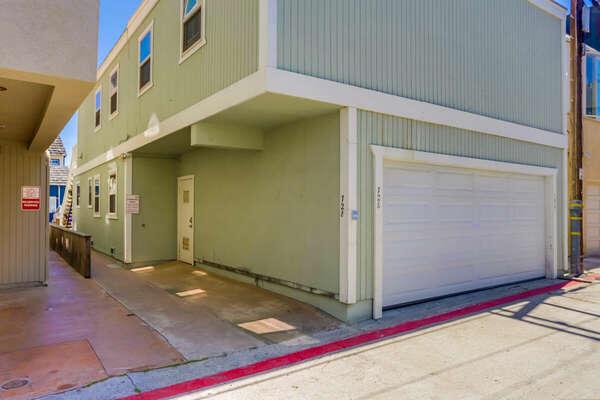 Garage (Left Side)