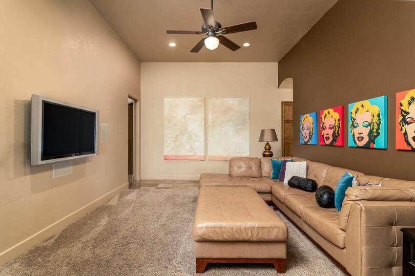 2nd Living Room/Den/Game Room