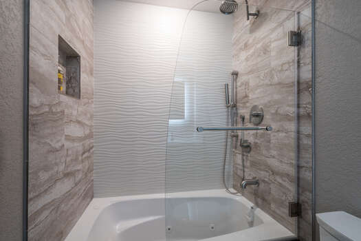Full Shared Bath with a Jetted Tub/Shower Combo