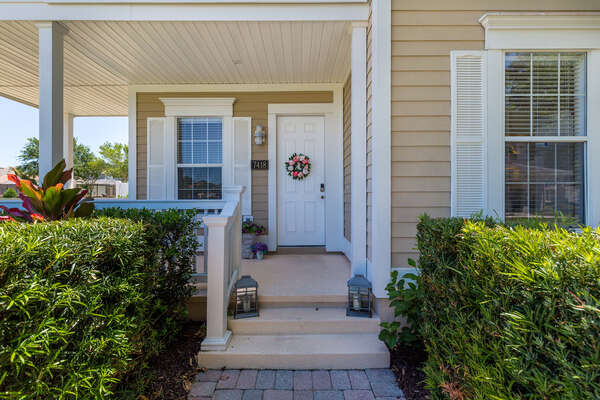 Be welcomed home at Sparkling Oasis