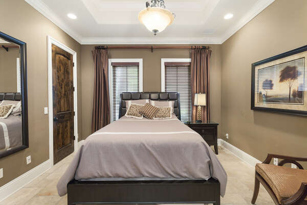 This comfortable Queen bedroom is great for getting a good night of sleep