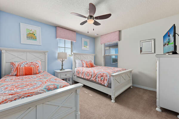 Kids bedroom with 2 twin-size beds