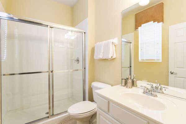 Master en-suite bathroom with walk-in shower