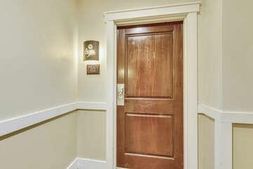 Entryway/Front Door